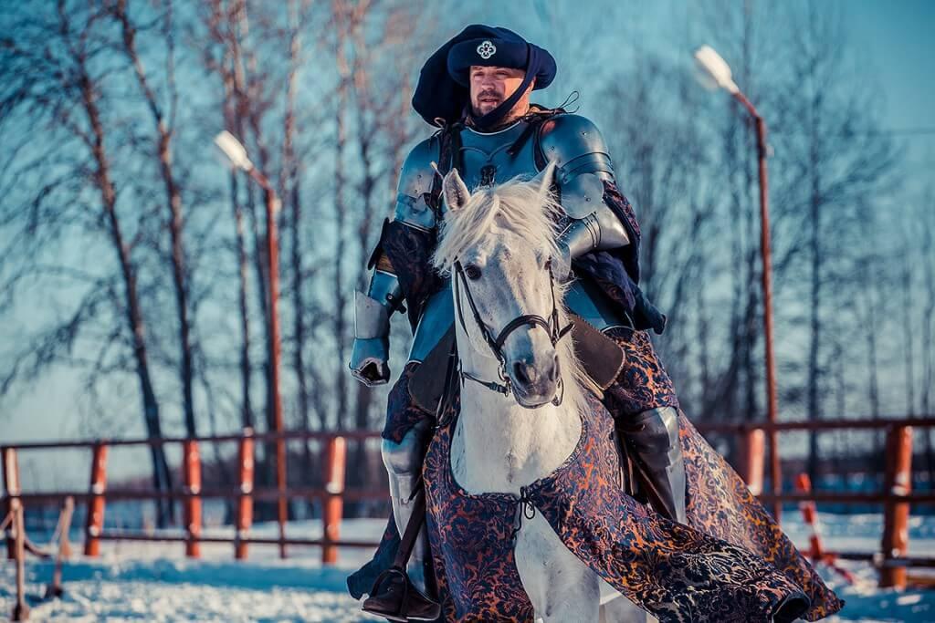 герр Дитмар на коне