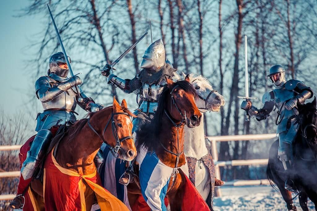 конные игры
